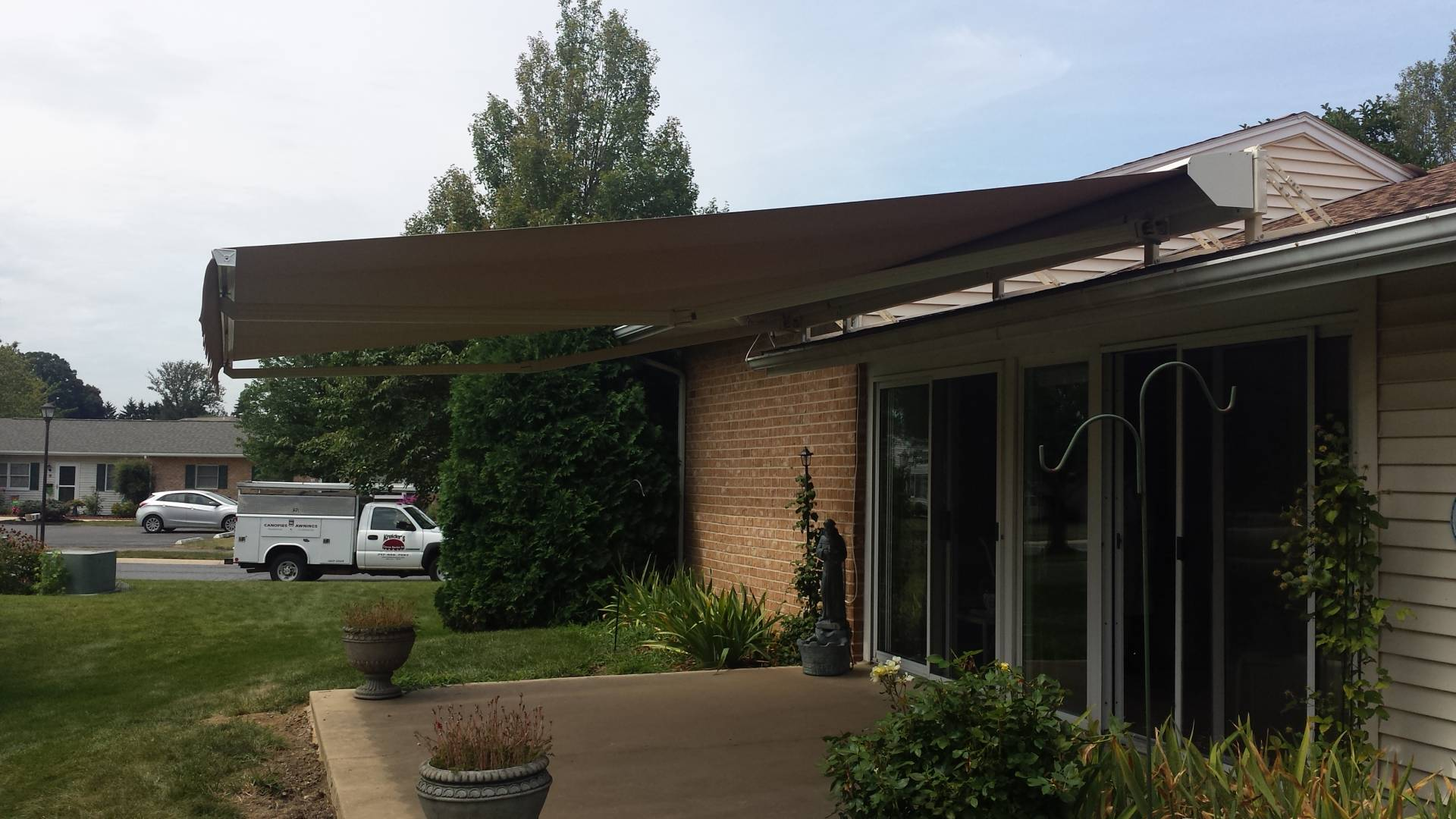 Roof mounted retractable awning | Kreider's Canvas Service ...