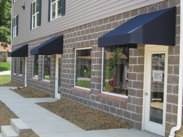 Facede awnings