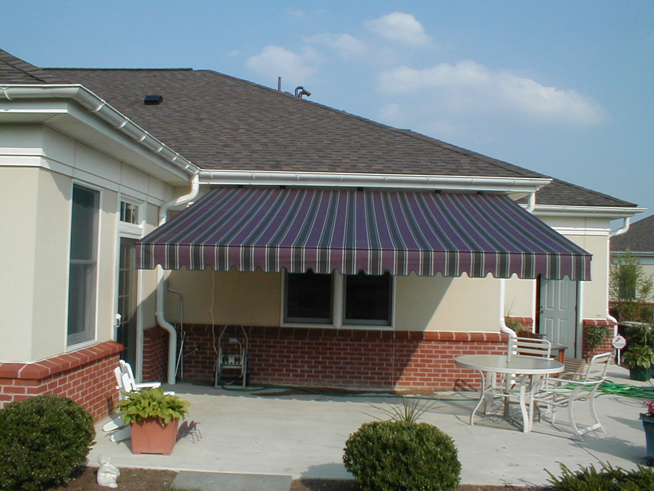 retractable awning kreiders canvas service inc