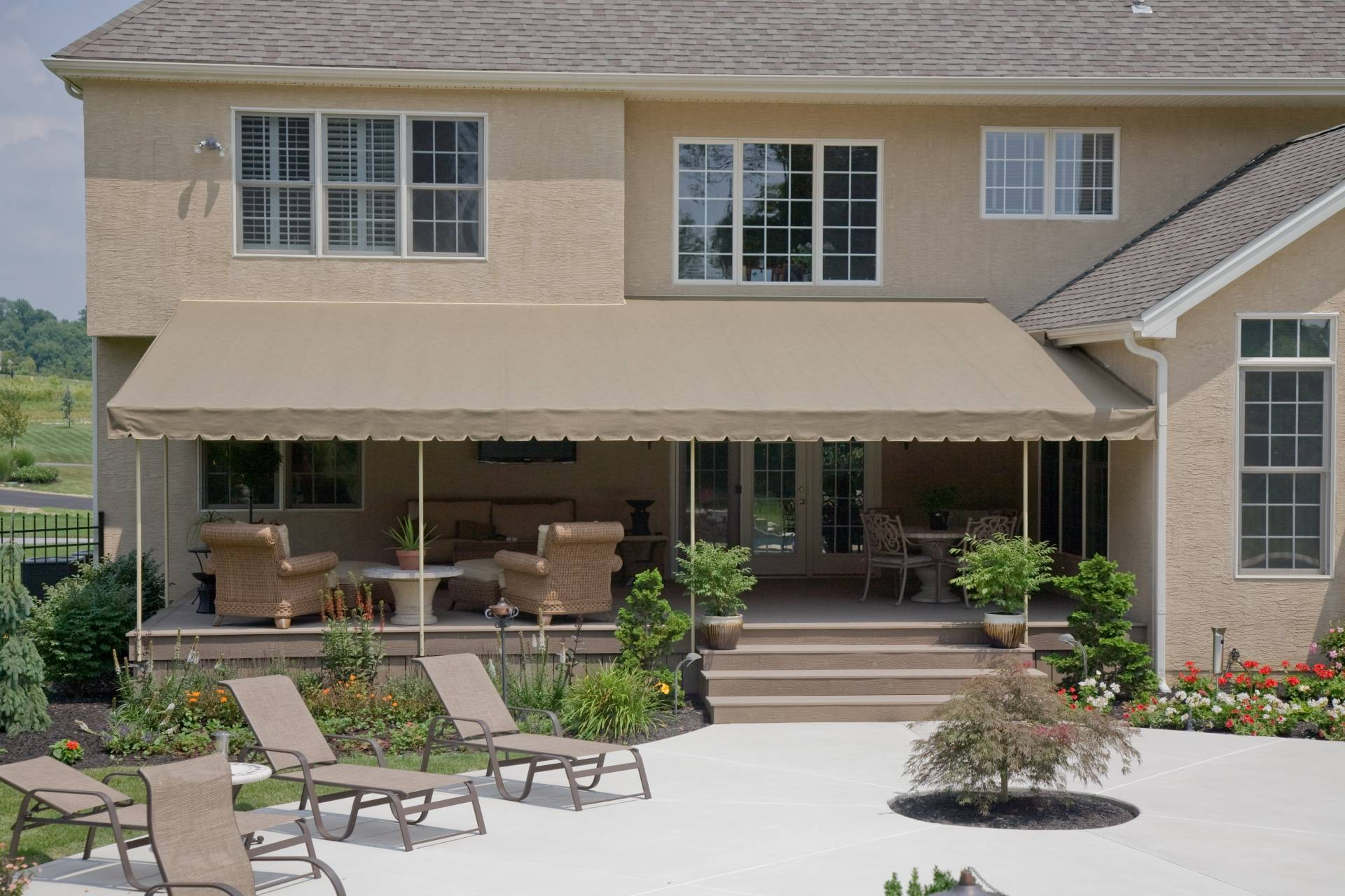 shade ideas options attached cover designs cheap pictures freestanding covering covers build over porch patio how building a back retractable to cost covered deck additions budget size of best on awning photos roof full overhang