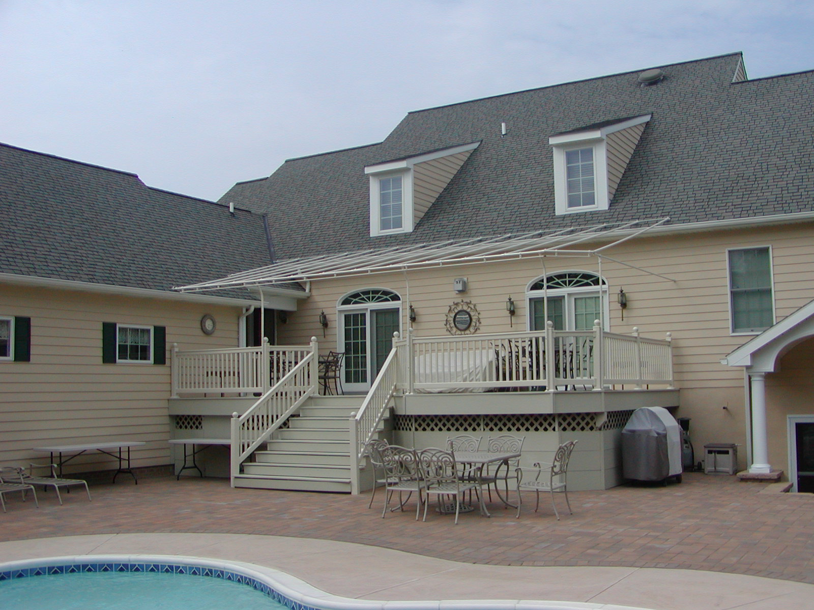 Roof Mounted Deck Awning Lancaster Pa Kreider S Canvas