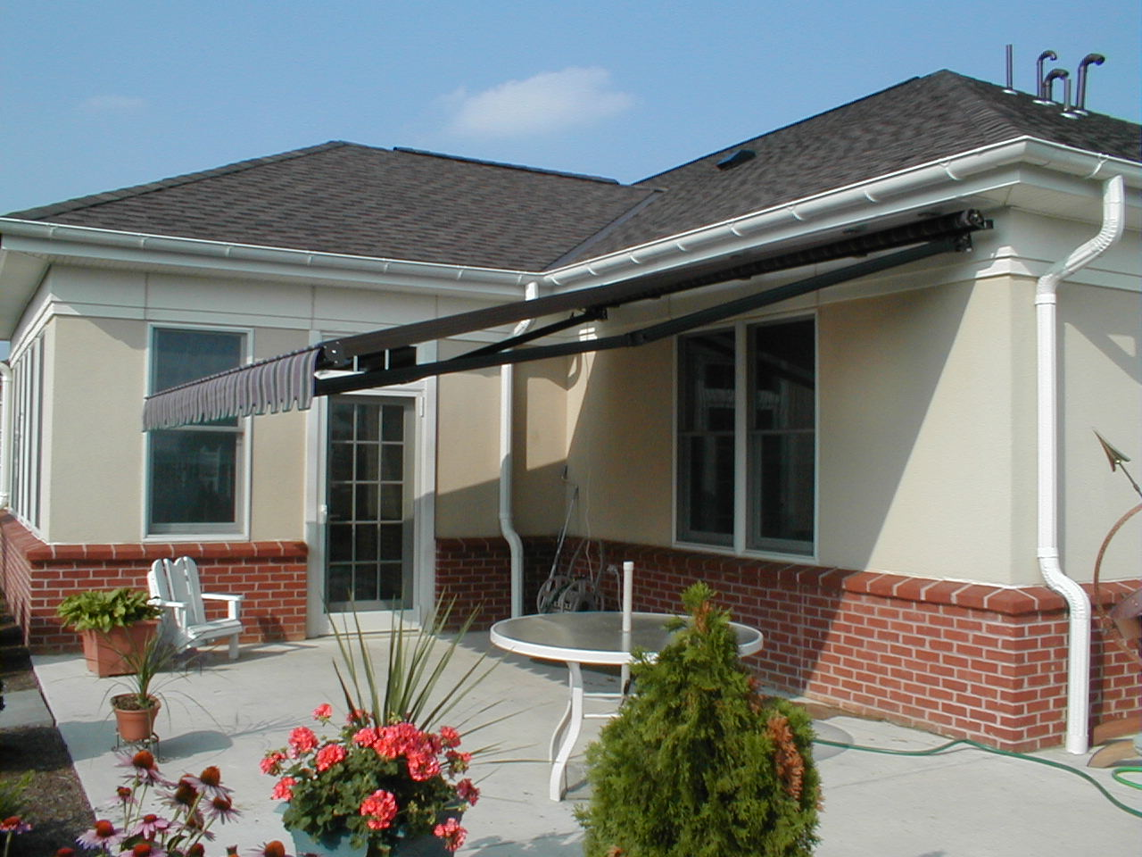Soffit Mounted Eastern Sunflex Retractable Awning