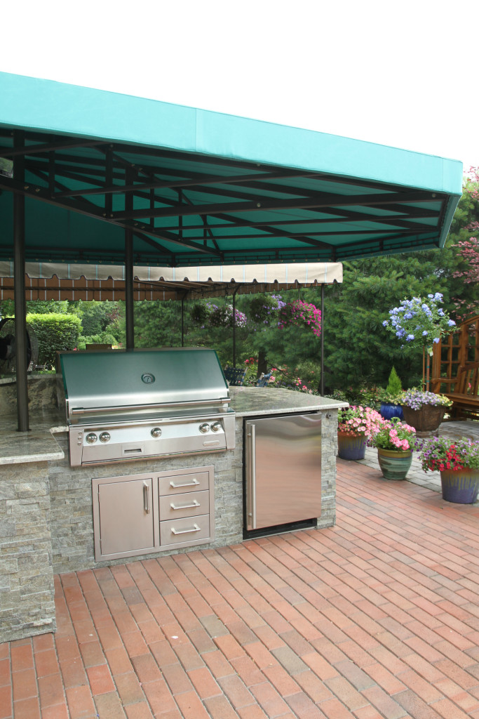 Outdoor kitchen and grill area awning cover | Kreider's ...