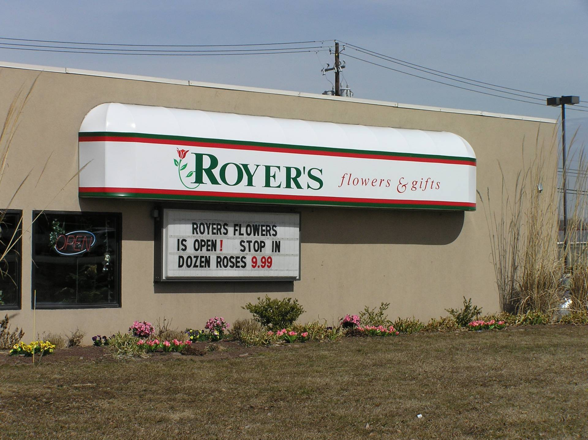 Backlit Awning At Night Royer S Flowers Kreider S